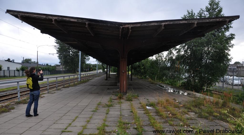 5_poland_gdansk_nowy_port_ul_oliwska_stacja_skm_brosen_05.jpg