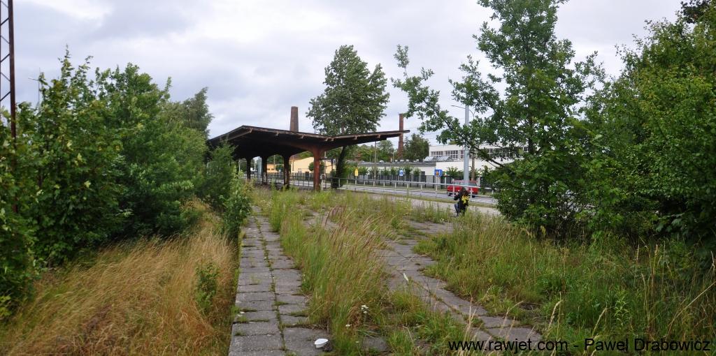 8_poland_gdansk_nowy_port_ul_oliwska_stacja_skm_brosen_08.jpg