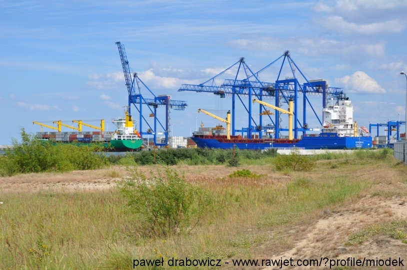 poland-gdansk-stogi-terminal-stary-rurociag