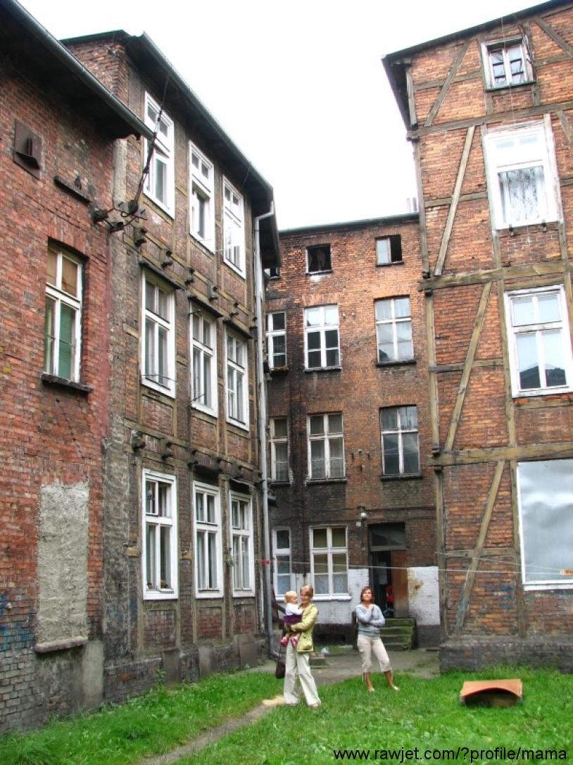 104_2009-08-29_gdansk_lakowa_kurza_tamy_most_105.JPG